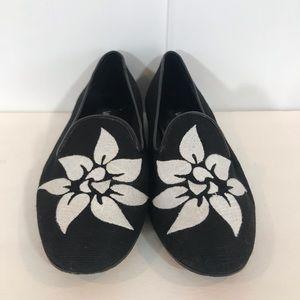 Van Eli Black floral flats 7.5